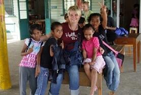 Organiseer educatieve activiteiten voor kinderen in Fiji tijdens deze groepsreis voor jongeren.