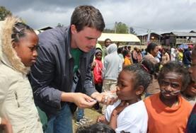 Als vrijwilliger help je mee bij de organisatie van een zomerkamp voor schoolkinderen in Madagaskar.