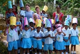 Organiseer educatieve activiteiten voor schoolkinderen tijdens deze groepsreis voor jongeren naar Sri Lanka.