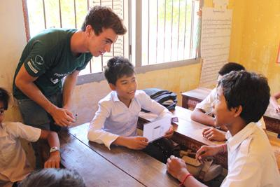 Lesgeven als vrijwilliger in Cambodja is een waardevolle manier om een steentje bij te dragen