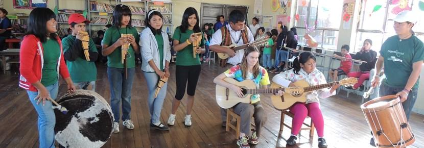 Doe vrijwilligerswerk in het buitenland op het gebied van creatieve vorming.