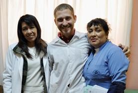 Door geneeskunde vrijwilligerswerk te doen in Peru kun je veel nieuwe medische kennis opdoen van lokale artsen.