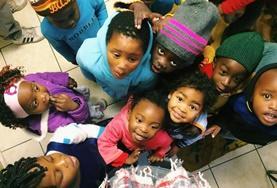 Als vrijwilliger zet je je tijdens deze groepsreis in de kerstvakantie in voor kinderen in de townships van Kaapstad.