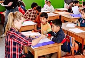 Geef Engelse les aan scholieren tijdens jouw tijd als vrijwilliger op het lesgeefproject in Peru.