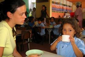 Assisteer als vrijwilliger bij de zorg en dagopvang van kinderen in Costa Rica en organiseer educatieve activiteiten.