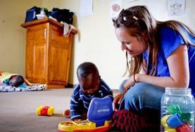 Als vrijwilliger werk je met kinderen in de townships in Kaapstad.