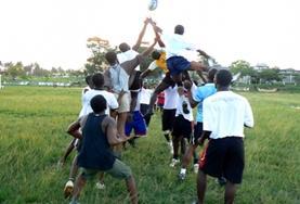 Neem als vrijwilliger deel aan het rugby project en deel je passie voor deze sport met lokale kinderen in Ghana.