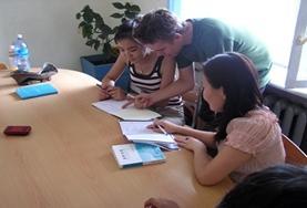 Leer Mongools van de lokale bevolking tijdens een taalcursus in Ulaanbaatar.