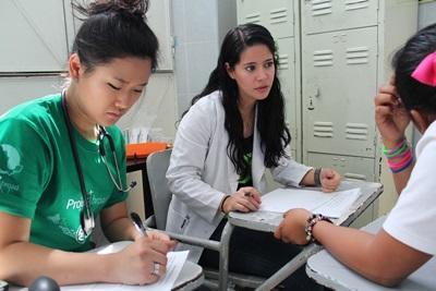 Vrijwilligerswerk voor studenten geneeskunde in de zomer